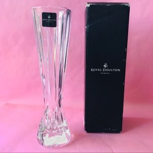 New vintage Royal Doulton crystal vase